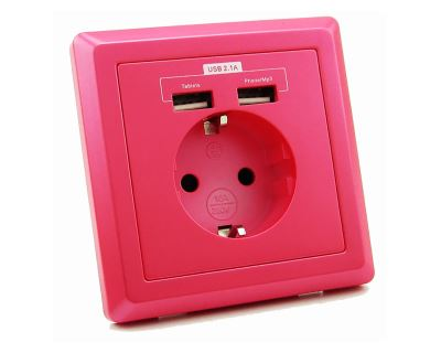 USB Schuko Steckdose mit 2 USB-Ports in pink